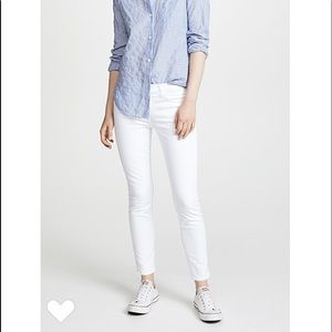 Current/Elliott Stiletto Jean in Sugar (white)
